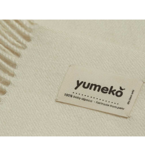 yumeko Alpaca Plaid white Detail